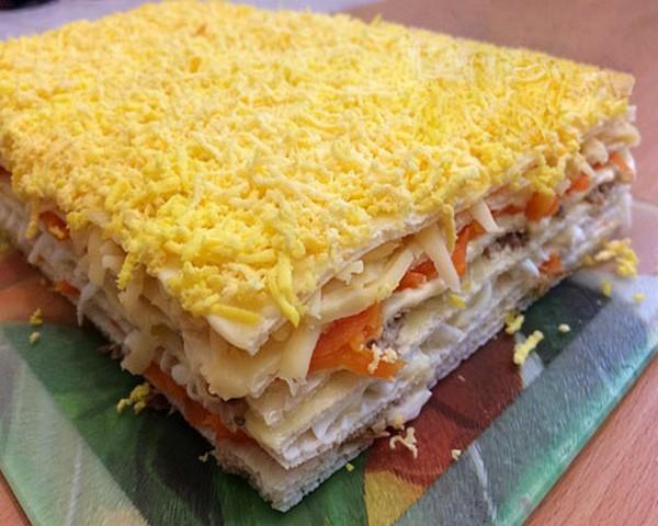 Закусочный торт из готовых вафельных коржей рецепт пошагово