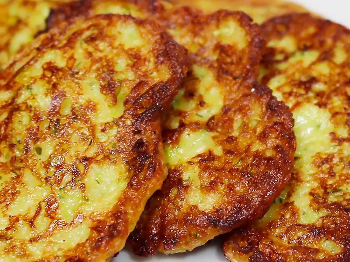 Оладушки из кабачков с сыром