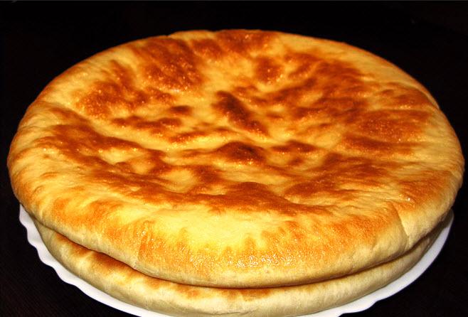 Хачапури с сыром по-мегрельски, ооооооооочень вкусно! Тесто какое-то необыкновено воздушное. Что самое главное готовила 5 минут.