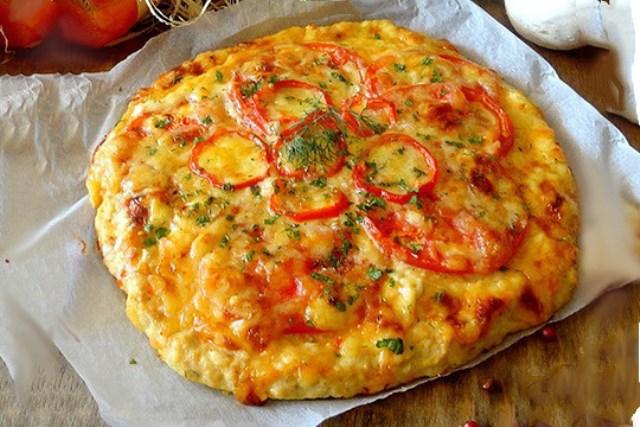 Куриная «пицца» без муки Без муки и дрожжей, очень вкусное и питательное куриное блюдо с начинкой.