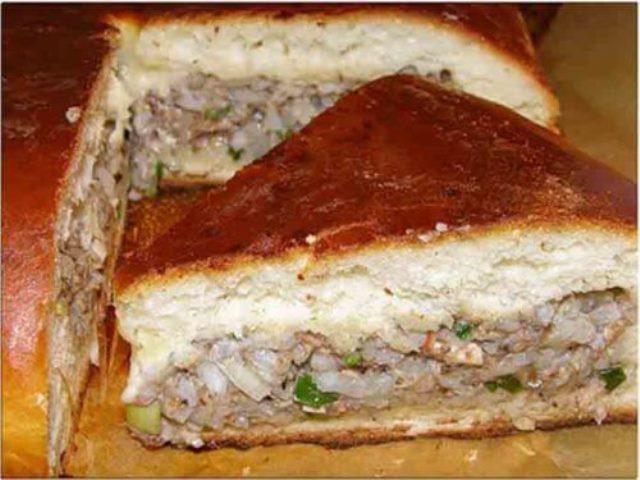 Мой пирог с рыбой ВСЕГДА получается воздушным и мягким. Улетает еще горячим. Рекомендую.