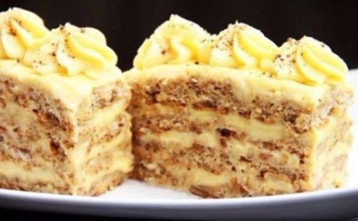 Я бы такие пирожные хоть каждый день бы кушал, класс! Просто обожаю их.