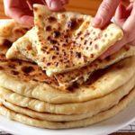 Аппетитное и простое блюдо грузинской кухни — хачапури с сыром