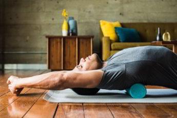 Всего 1 упражнение выпрямит спину, поможет стать стройнее и даже выше!