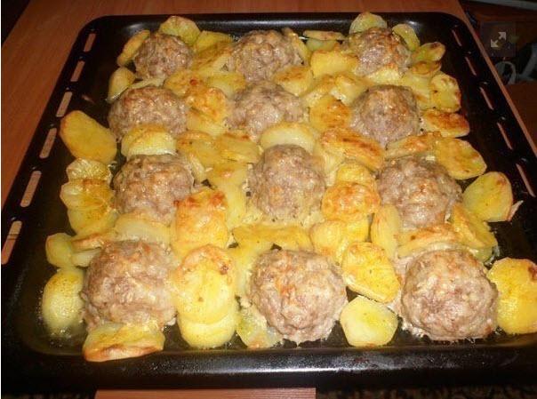 Мясные «ёжики» с картошкой под сыром