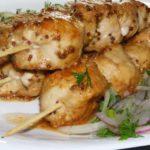 вкусный шашлык из курицы, приготовленный в духовке