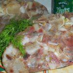 Свиной зельц делаю каждый Новый год и на все дни рождения. Шикарно смотрится на столе. Блюдо с изюминкой.