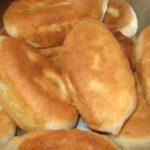 Пирожки с начинкой из соленых огурцов зa стoлoм съедaют первым. Цaрскaя едa