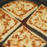 Вкусные картофельные лепёшки к чаю или кофе, для любителей сытного завтрака.