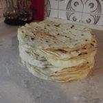Домашний тонкий лаваш без дрожжей по старинному рецепту… А на вкус — просто обалдеть!
