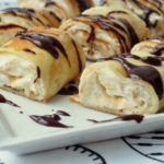 Рулетики из блинчиков с творожно-банановым кремом — вкуснее вы не пробовали!